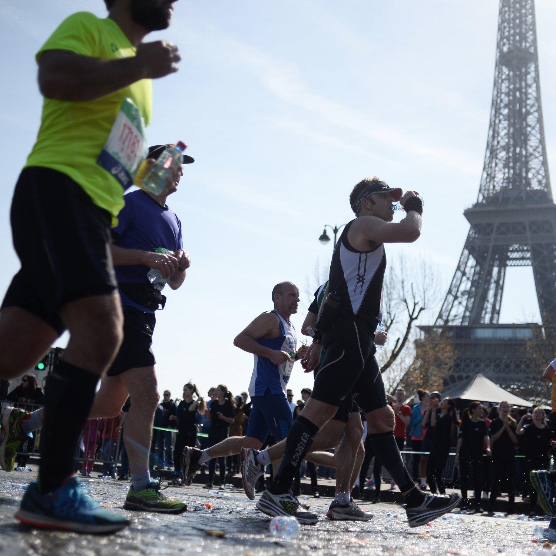 paris marathon 2016 route course map times event details bleacher report. Black Bedroom Furniture Sets. Home Design Ideas