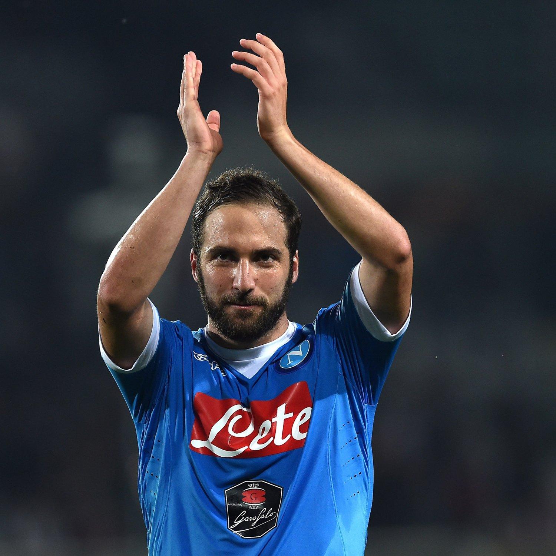 Gonzalo Higuain Breaks Record for Most Serie A Goals in Season vs. Frosinone | Bleacher Report