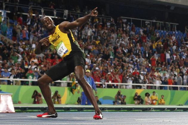 Usain Bolt Unleashes More Lightning While Winning the 200M for the 3rd Time
