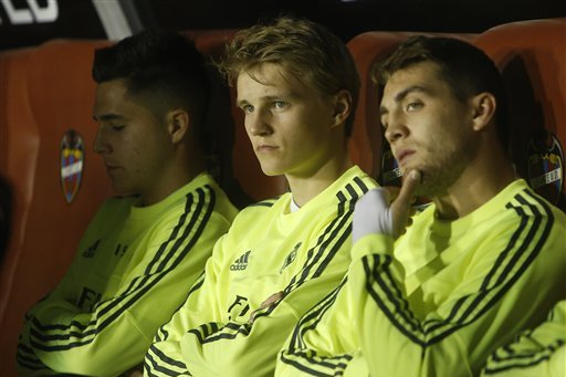 Real Madrid Transfer News: Latest on Martin Odegaard and James Rodriguez Rumours