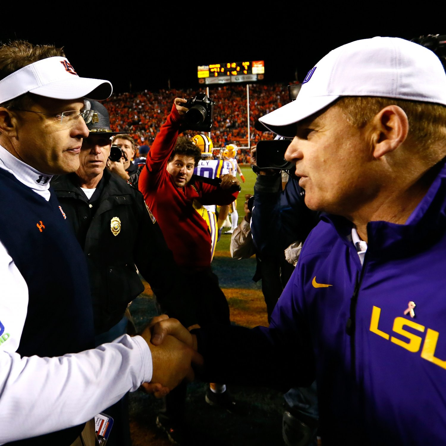 the hot seat tigers are gus malzahn and les miles coaching for their jobs bleacher report. Black Bedroom Furniture Sets. Home Design Ideas