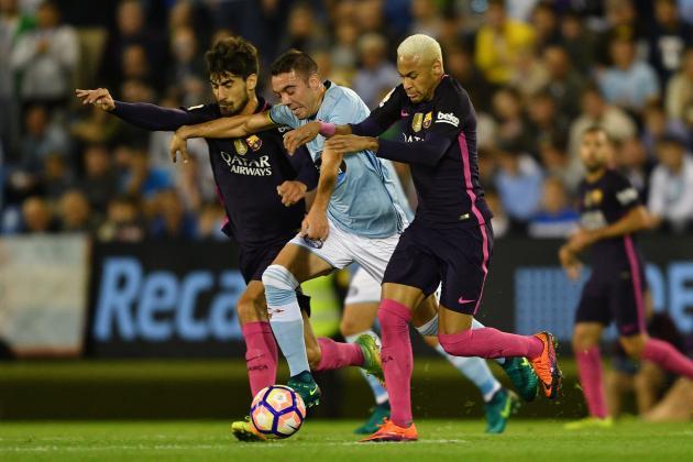 Soccer Football - La Liga Santander - FC Barcelona vs Celta Vigo - Camp Nou,