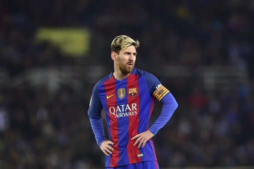 Barcelona Transfer News: PSG Reportedly Contact Lionel Messi's Father