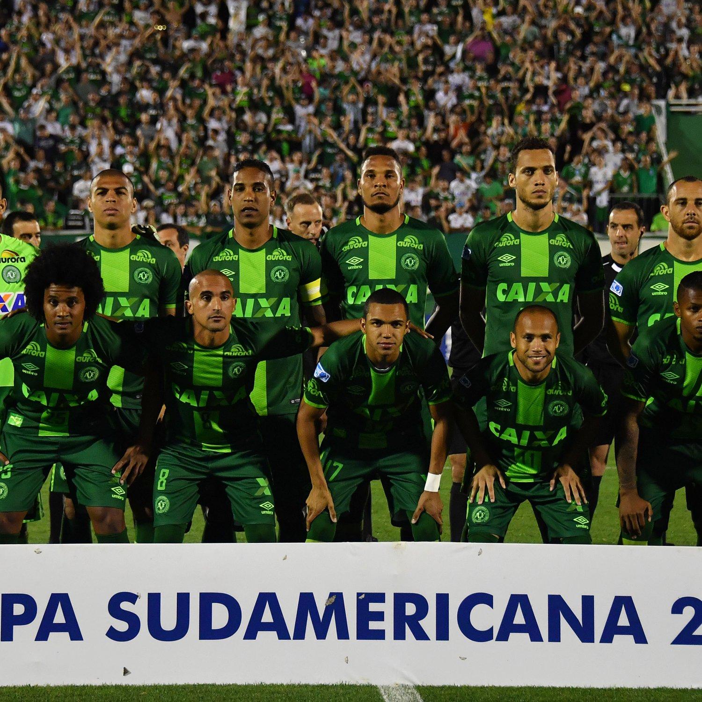 Campeonato Brasileiro Key Missing Players: Chapecoense Kits, Badge Released In FIFA 17 Ultimate Team
