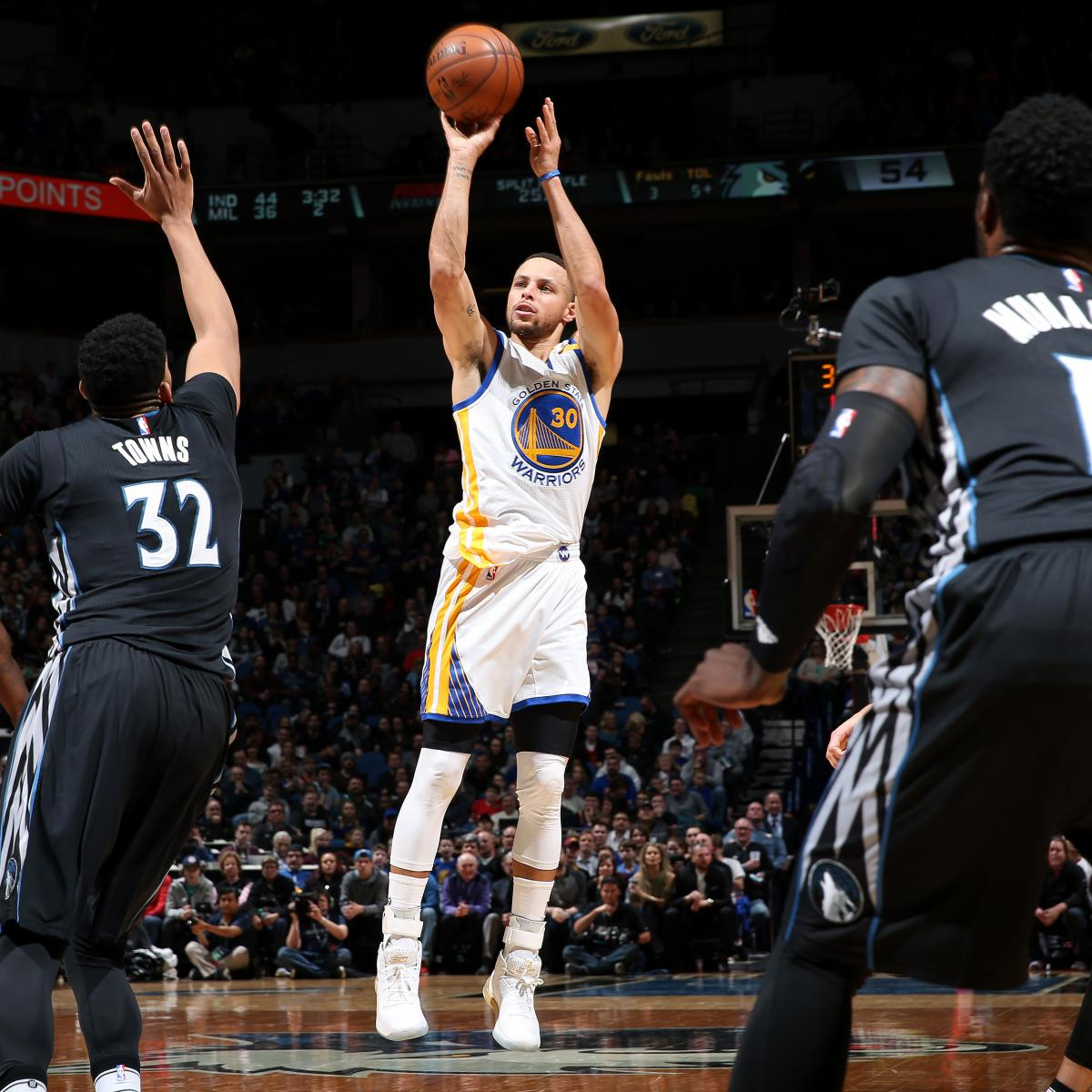 Stephen Curry Passes Father Dell On NBA's All-Time Scoring