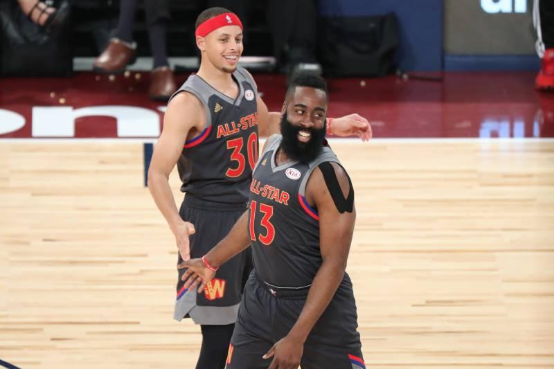 NBA All-Star 2018: LeBron James và Stephen Curry sẽ chọn ai vào đội hình thi đấu?