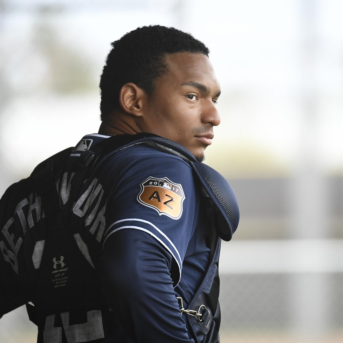 Christian Bethancourt Makes Padres Roster As Pitcher