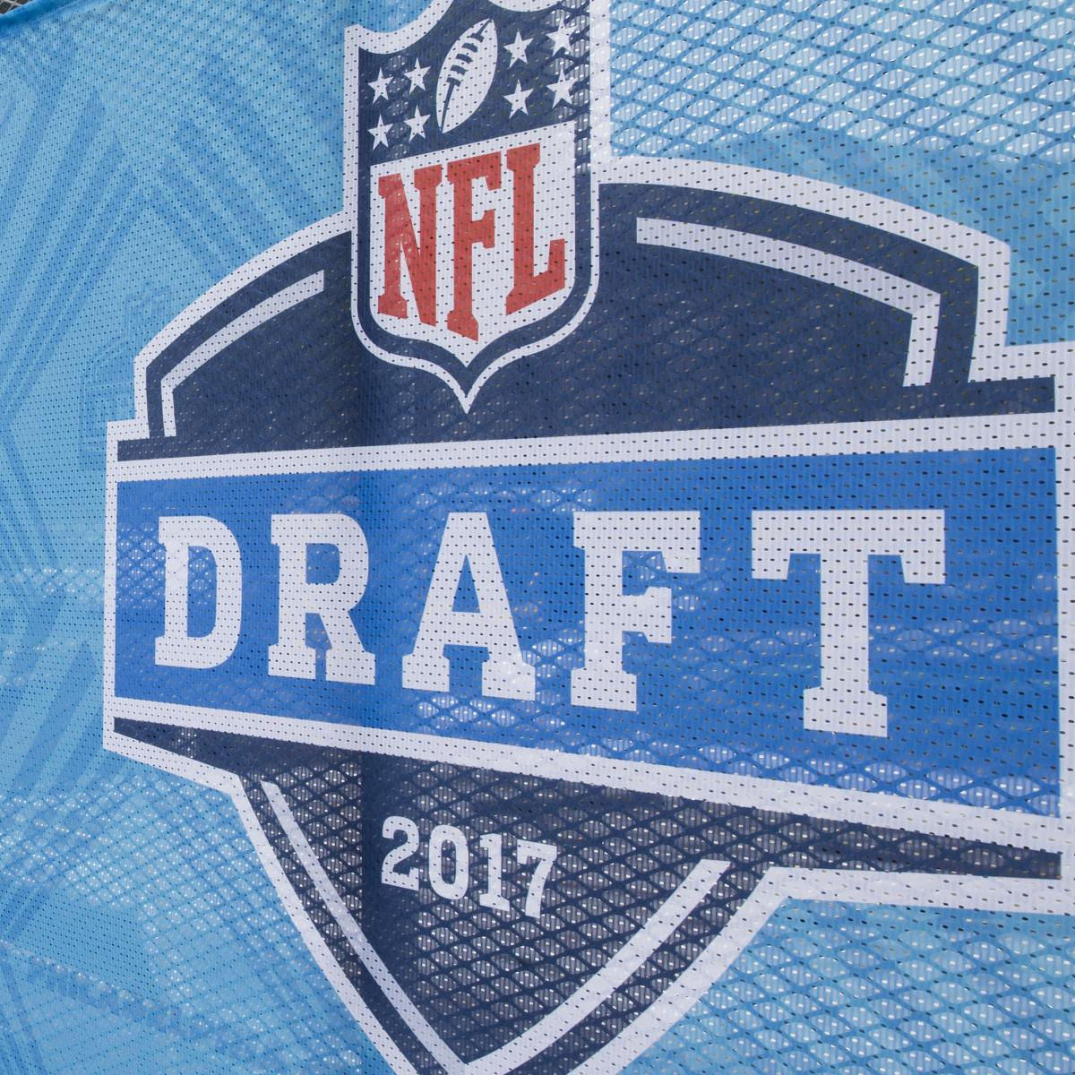 NFL Draft 2017: Start Time, Live Stream and TV Coverage for First RoundRelated