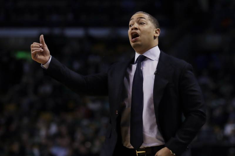 Cleveland Cavaliers head coach Tyronn Lue during the fourth quarter of an NBA basketball game in Boston, Wednesday, April 5, 2017. The Cavaliers defeated the Celtics 114-91. (AP Photo/Charles Krupa)
