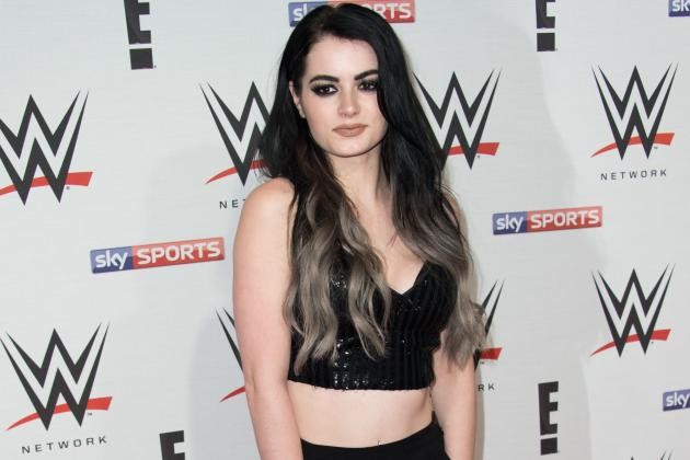 Paige and Her New Faction's Best Booking Options Following WWE Raw Debut