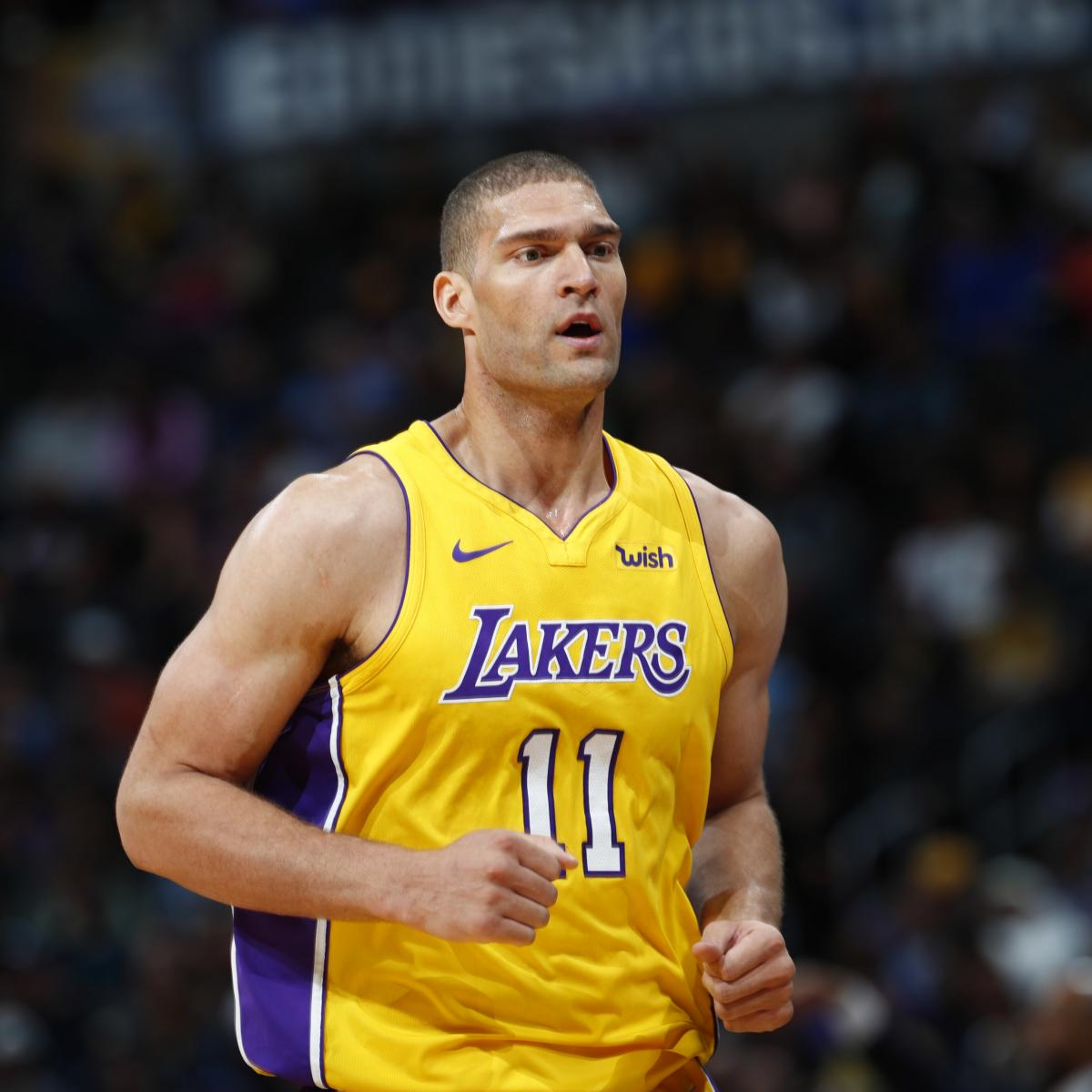 Report: Brook Lopez Agrees to Bucks' 1-Year Contract After 1 Season with Lakers