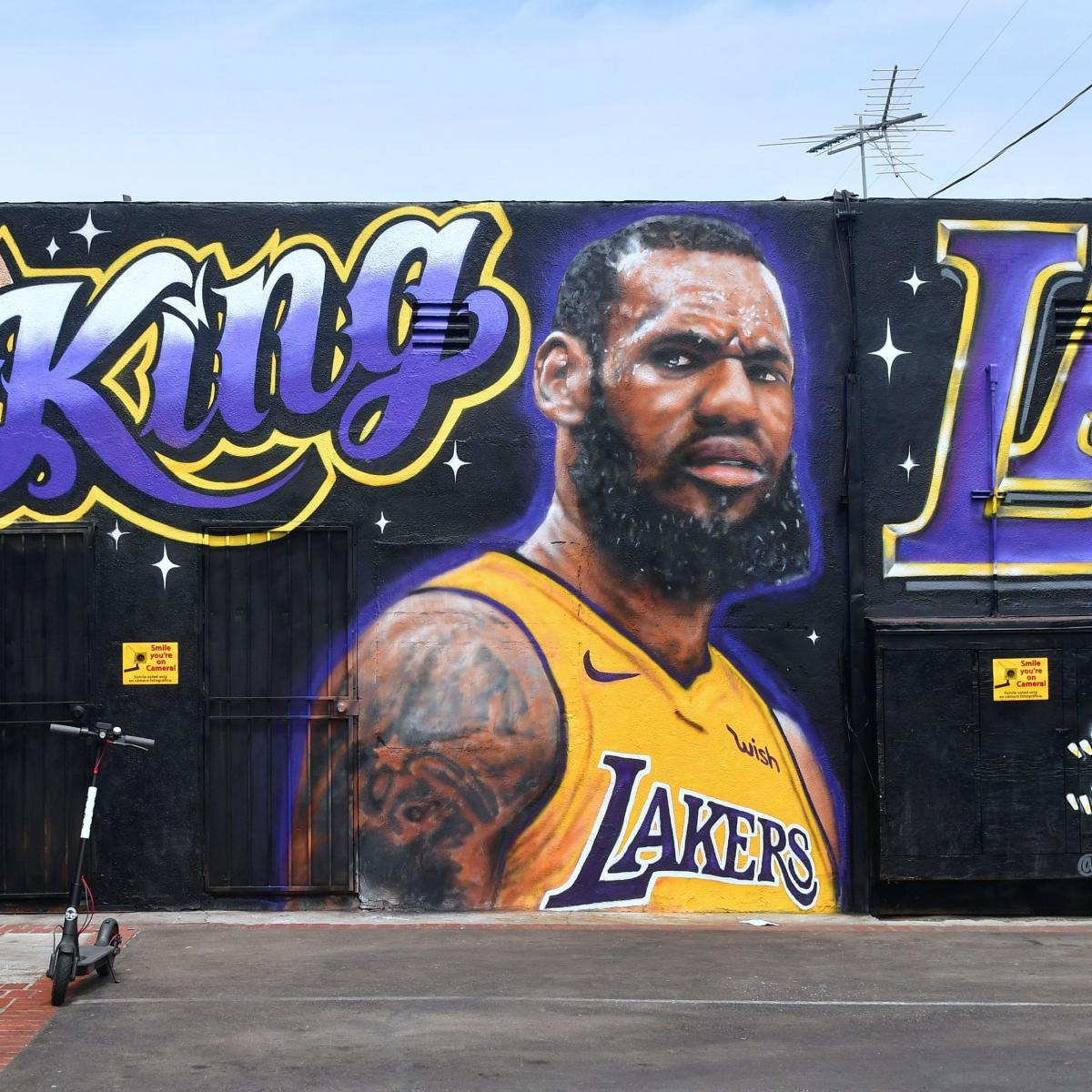 LeBron James Lakers Mural Artist Not Upset After It Was Vandalized