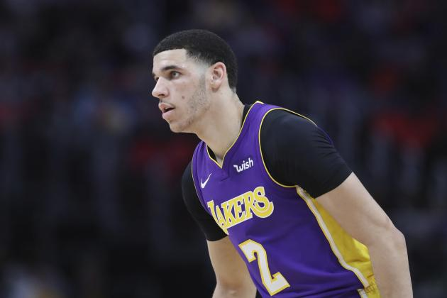 Lakers News: Lonzo Ball Will Have Surgery to Repair Knee Injury