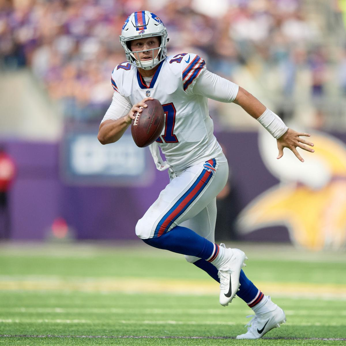 NFL Predictions Week 4: Vegas Odds, Spreads and Picks for All Games