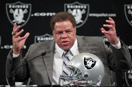 Oakland Raiders Should Only Fix What Needs Fixing