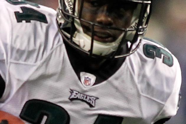 Philadelphia Eagles:  Top 5 Free Agents Who Must Move on in 2012