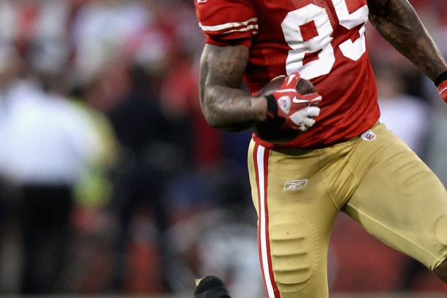 San Francisco 49ers' Vernon Davis: Catch Reminiscent of Terrell Owens from 1998