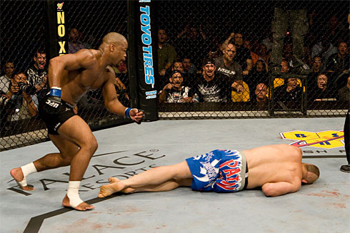 25 MMA Fighters Who Held on Too Long