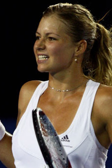 Australian Open 2012: Women Guaranteed to Fail on Jan. 18