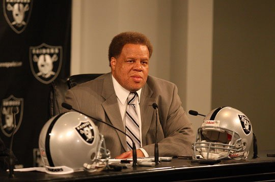 Reggie McKenzie Hires Dennis Allen to Coach Oakland Raiders: The Pros and Cons