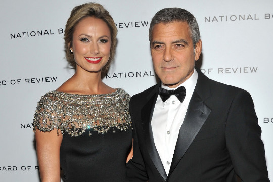 9 WWE Divas George Clooney Should Date If He Breaks Up with Stacy Keibler