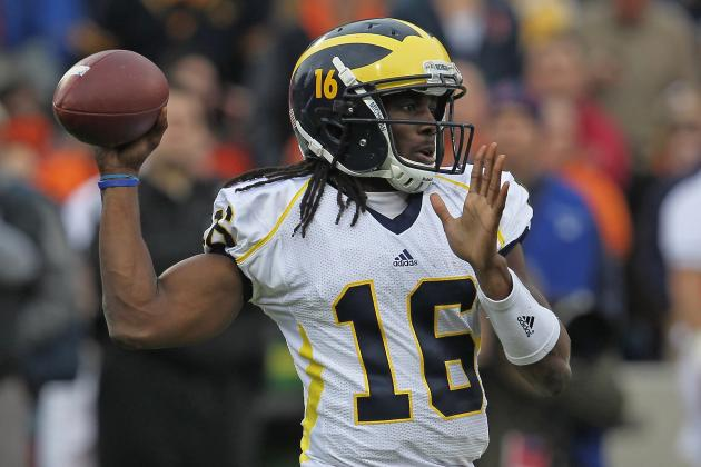 Denard Robinson Must Improve as a Passer to Let Michigan Play for Big Ten Title