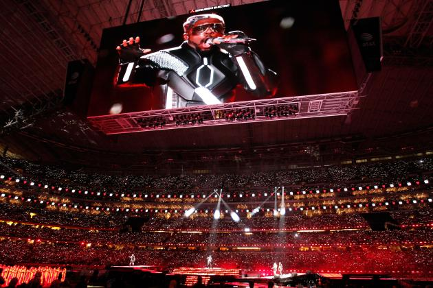 10 Ways Madonna Could Actually Make Super Bowl Halftime Entertaining