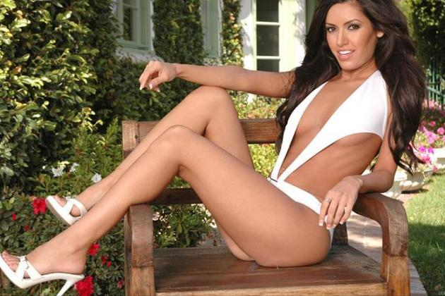 20 Hottest Up and Coming MMA Ring Girls