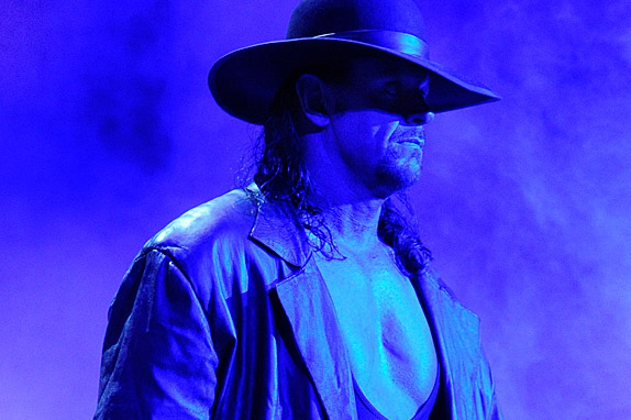 WWE: 25 Legends Who Could Still Make a Run Today