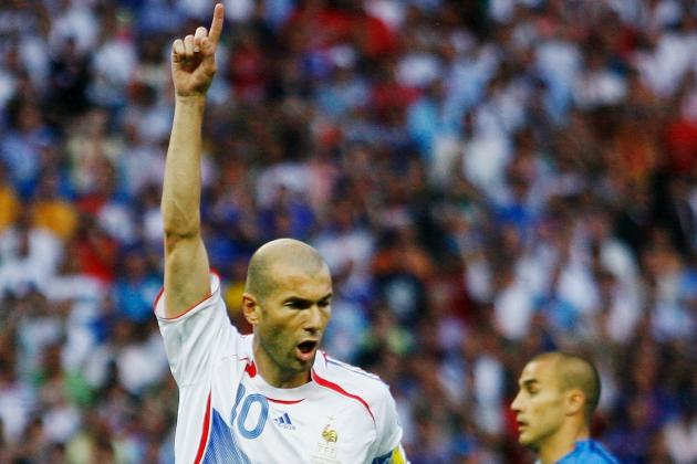 20 Great Two-Footed Players in World Football History