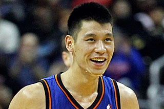 New York Knicks: 4 Players Who Need to Start Helping Jeremy Lin