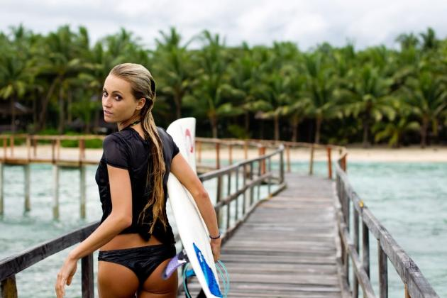 Warm Up Winter with 25 Summer Sports Hotties