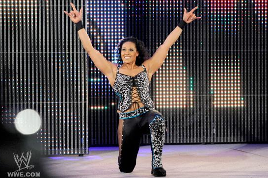 WWE Elimination Chamber 2012 Results: What's Next for Tamina After Loss to Beth