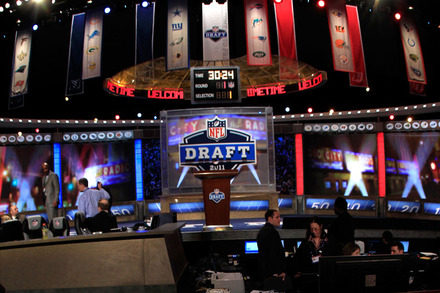 Philadelphia Eagles Draft 2012: 5 Steals the Eagles Can Make in First 2 Rounds