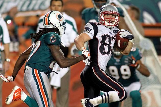2012 NFL Free Agents: What's a Fair Contract for Patriots WR Wes Welker?