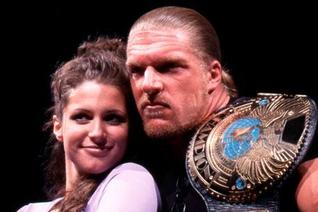 WWE's 6 Best Romantic Relationship-Themed Angles Ever