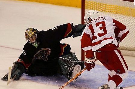 Hockey's 10 Worst Shootout Fails