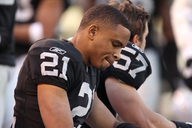 Oakland Raiders:  Former Players Struggle to Adjust to Life Without Raiders