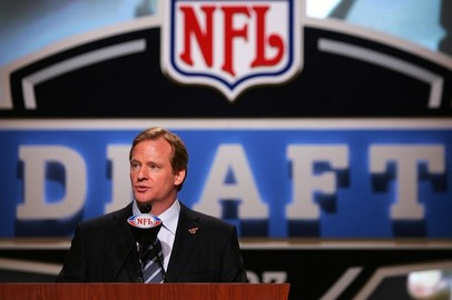 2012 NFL Draft: 5 Players the Chicago Bears May Target with 19th Overall Pick