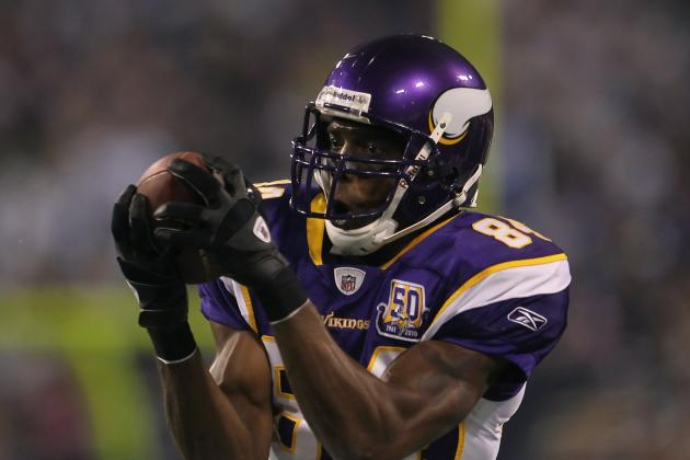Pros and Cons of San Francisco 49ers Signing Randy Moss