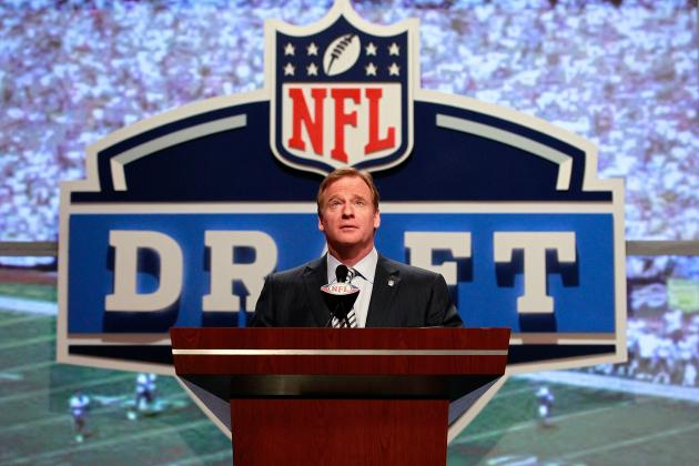 2012 NFL Draft: Tampa Bay Buccaneers and 5 Scenarios at No. 5
