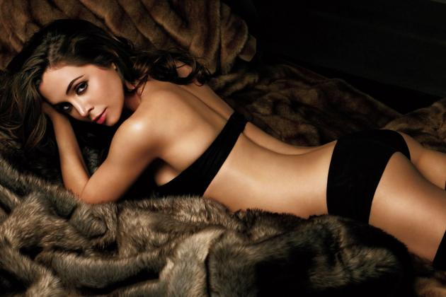 The Hottest Sports Fan Photoshoots