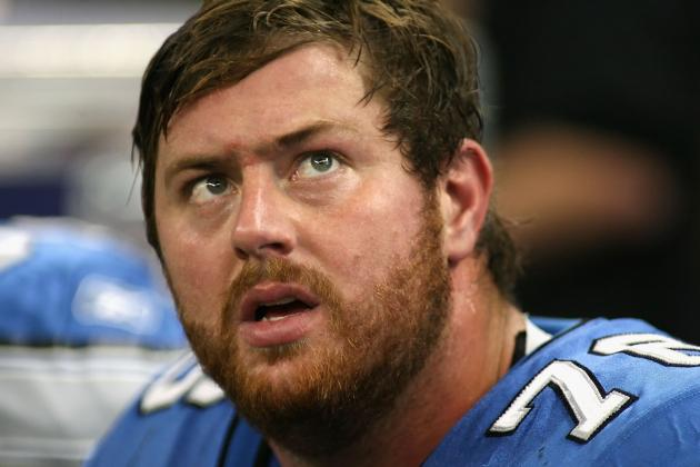 Detroit Lions 2012: 3 Reasons Why Re-Signing Jeff Backus Was a Horrible Move