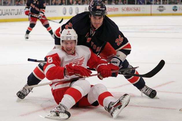 5 Ways Detroit Red Wings Can Shake off March, Thrive in the Playoffs
