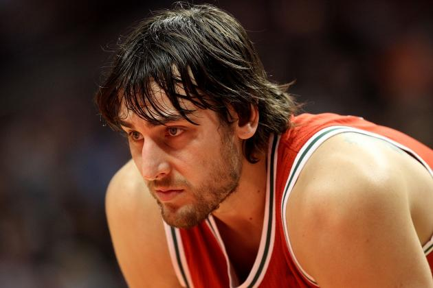 Golden State Warriors: 5 Ways to Make the Andrew Bogut Trade Work in 2012-13