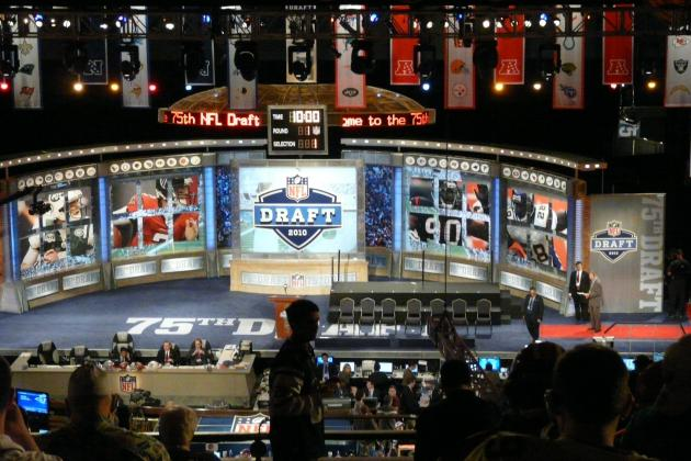 Chicago Bears Mock Draft: How Their 7 Rounds Will Shape Up in 2012