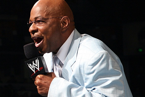 WWE: 4 Reasons Teddy Long Would Benefit from Being a Manager