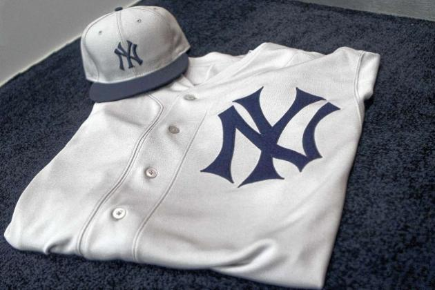 New York Yankees: Are 1912 Fenway Park Anniversary Throwbacks One of Worst?