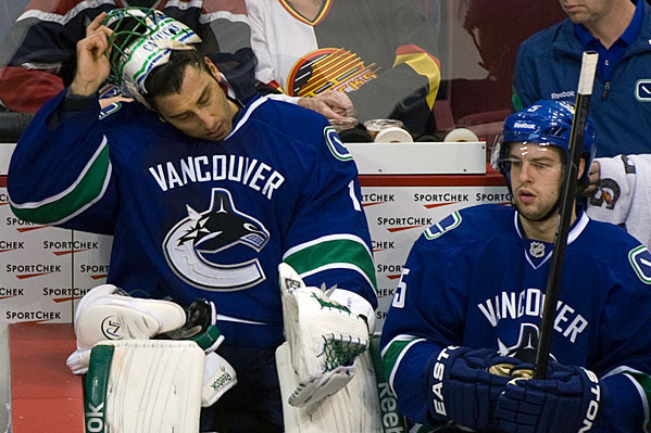 NHL Trade Rumors: Potential Suitors for Vancouver's Roberto Luongo