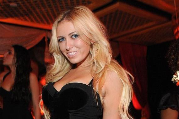 Paulina Gretzky Pics: The Great One's Daughter at Vegas and More